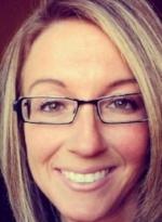 Jennifer Dobey was selected a 2017 Student Scholar by the American Psychiatric Nurses Association.